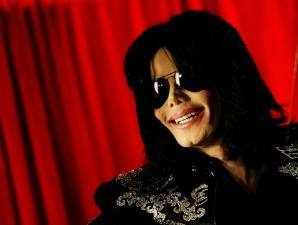 Cantor Michael Jackson morre nesta quinta-feira, aos 50 anos. Confira fotos de momentos de sua ca...