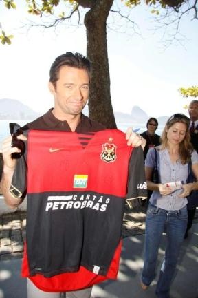 Hugh Jackman Divulga 'Wolverine' no Brasil 3688355.hugh_jackman_1gente___fotos_433_288